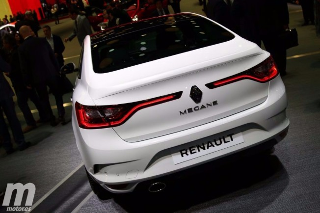 Renault megane sedan 2017 precio
