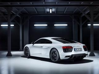Fotos Audi R8 V10 RWD Foto 31