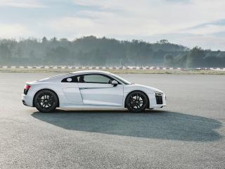 Fotos Audi R8 V10 RWD Foto 34