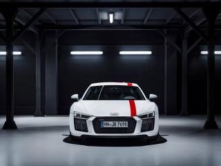 Fotos Audi R8 V10 RWD Foto 48