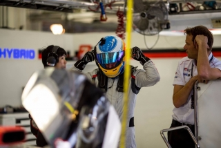 Foto 3 - Fotos Fernando Alonso test Bahrein Toyota LMP1