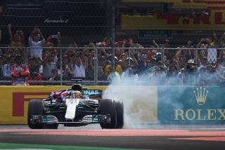 Fotos Lewis Hamilton Campeón del Mundo F1 2017 Foto 6