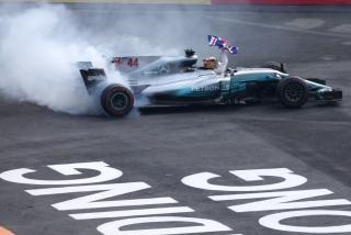 Foto 3 - Fotos Lewis Hamilton Campeón del Mundo F1 2017