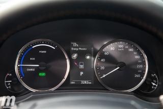 Lexus RC 300h 2019 Luxury Foto 41