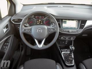 Fotos Opel Crossland X 1.2T Foto 23