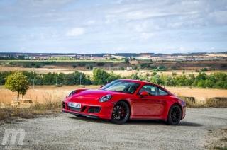 Fotos Porsche 911 Carrera 4 GTS Foto 1