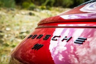 Fotos Porsche 911 Carrera 4 GTS Foto 17