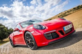 Fotos Porsche 911 Carrera 4 GTS Foto 22