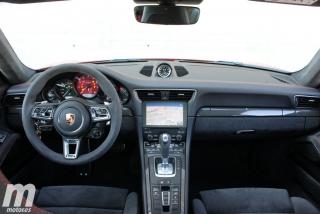 Fotos Porsche 911 Carrera 4 GTS Foto 5