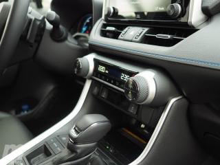 Fotos Toyota RAV4 Hybrid 2019 Foto 32