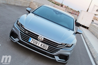 Foto 2 - Fotos Volkswagen Arteon en el Circuito Fortuna Motor Sport