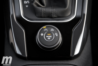Fotos Volkswagen T-Roc Sport 2.0 TDI DSG 4Motion Foto 82