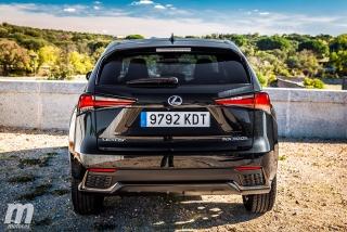 Lexus CT 200h y NX 300h 2018 Foto 28