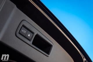Lexus CT 200h y NX 300h 2018 Foto 47