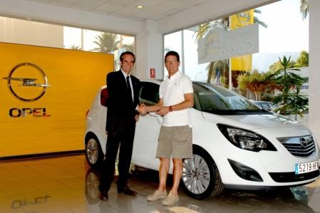 Fabio Capello elige al Opel Meriva para su estadía española