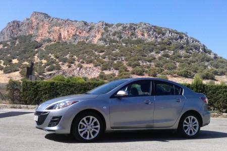 Mazda 3 SportSedán 1.6 CRTD. El compacto crece un poco más