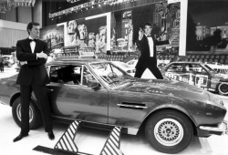 Los coches de James Bond (III). Aston Martin V8 Vantage 1987