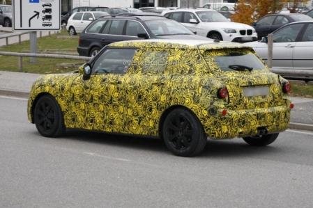 El MINI Cooper 5 puertas se deja ver por primera vez