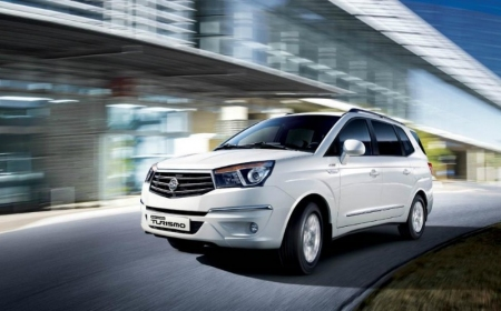 Fotos y video del SsangYong Rodius 2014