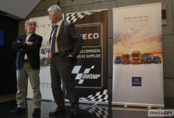 Ángel Nieto estrena el nuevo furgón Iveco Daily Air Pro que usará para los transportes en el Mundial