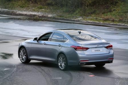 Hyundai Génesis 2014, cazado sin camuflaje antes de su estreno