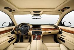 BMW trabaja en la incorporación de anuncios en sus coches