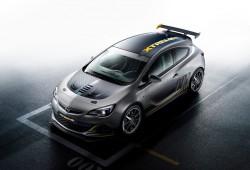 Opel Astra OPC Extreme, mucha fibra de carbono y más de 300 CV