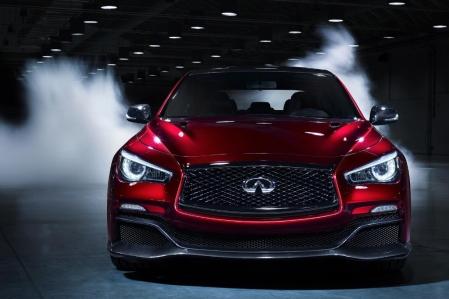Escucha el sonido del motor del Infiniti Q50 Eau Rouge