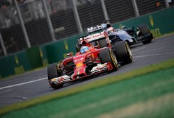 Ferrari y Mclaren necesitan un nuevo enfoque según Alain Prost