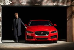 Jaguar XE, primera imagen oficial de su frontal