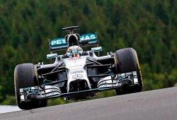 Hamilton y Mercedes lideran los libres 2 en Spa-Francorchamps