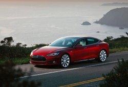 Tesla está trabajando en baterías con una autonomía de 800 kilometros