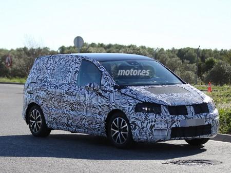 Descubierto el Volkswagen Touran 2015 durante una sesión de pruebas