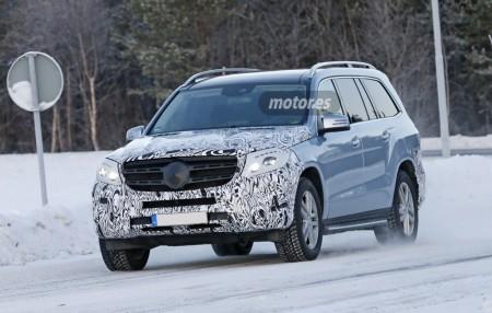 Mercedes GLS 2015, de pruebas en la nieve