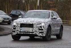 Jaguar F-Pace SUV 2016: su interior, al descubierto en estas fotos espía