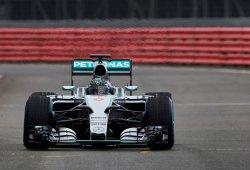 Mercedes W06 F1 2015, primeras imágenes en vídeo