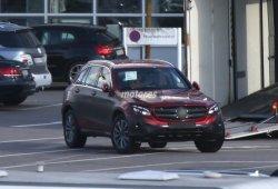 Mercedes-Benz GLC 2016 prácticamente al descubierto
