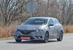 Renault Megane 2016 espiado casi listo para producción