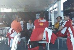 Reunión para el futuro de la F1 en el paddock de Montmeló