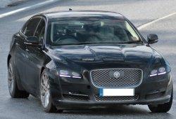 Jaguar XJ 2016, descubierto una vez más en su fase de pruebas