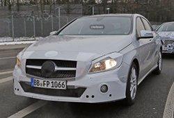 El facelift del Mercedes Clase A muestra su interior por primera vez