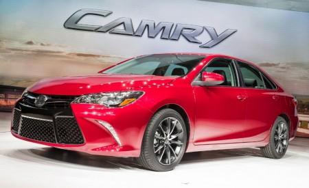 Estados Unidos - Febrero 2015: El Toyota Camry vuelve al podio