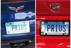 """¿Un Corvette y un Viper con matrícula """"PRIUS""""?"""