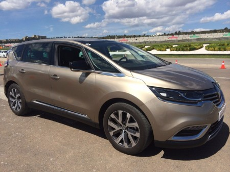 El Renault Espace 2015 inicia su comercialización en España