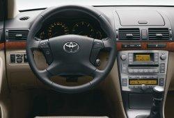 Toyota y Lexus llamarán a revisión a 124.832 coches en España por los airbags Takata