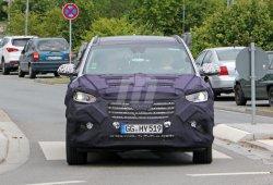 Hyundai Grand Santa Fe 2016, primeras fotos espía