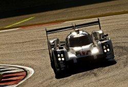Porsche mantiene su dominio con victoria en Nürburgring