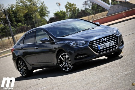 Prueba Hyundai i40 1.7 CRDi (I): Exterior, interior y maletero