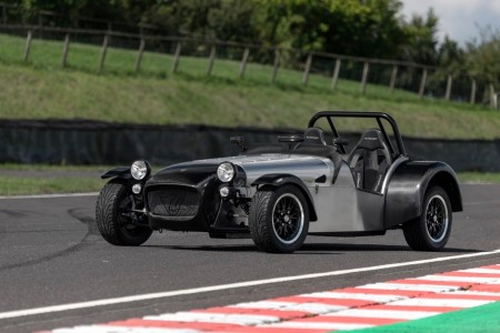 Caterham Superlight Twenty SE, la dieta del carbono por sus 20 años