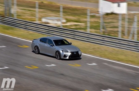 Vídeo: probamos el Lexus GS F en el Circuito del Jarama